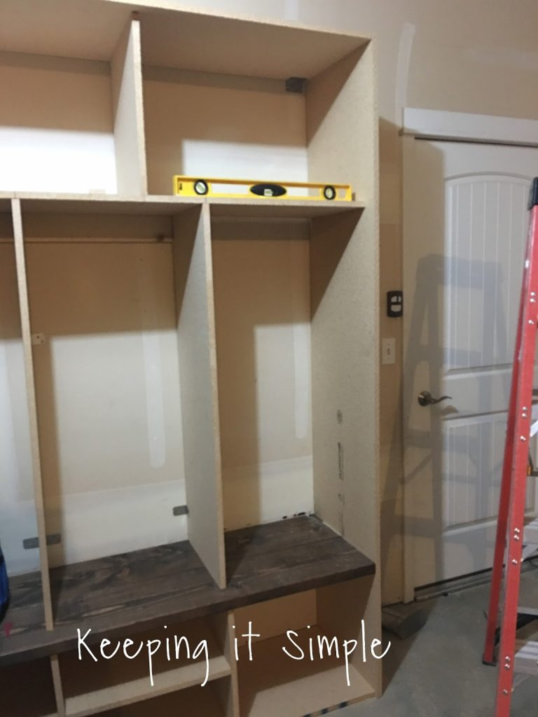 Diy garage mudroom lockers with lots of storage keeping for Garage mudroom