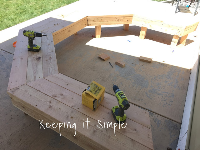 Diy Fire Pit Bench With Step By Step Insructions Keeping